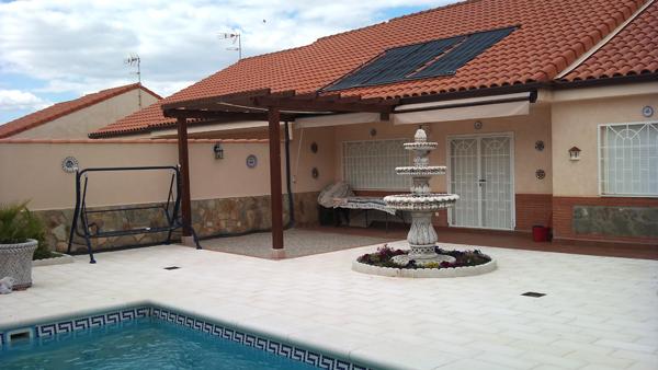 Paneles solares piscinas madrid instalaci n calentadores - Calentador de agua para piscinas ...