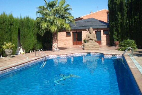 Paneles solares piscinas madrid instalaci n calentadores for Calefactor para piscina