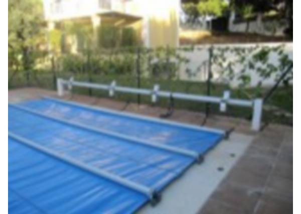 Cubiertas de barras madrid enrollador cubierta for Cubiertas de lona para piscinas