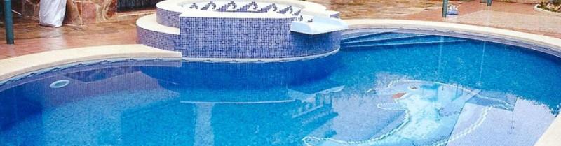 Piscinas de fibra baratas piscina em fibra garantia de for Piscinas obra baratas