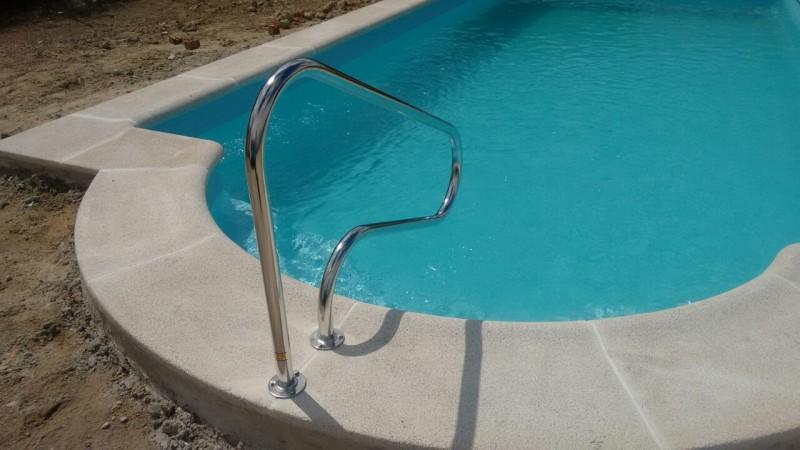 Consejos para a adir seguridad a las piscinas blog for Barandilla piscina